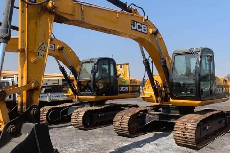 JCB JS200 20 Ton Excavator 0