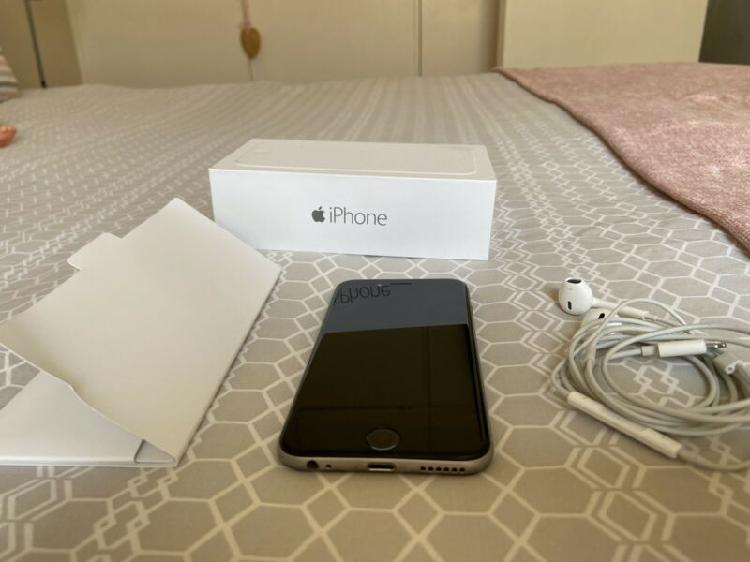 iPhone 6 space grey 16 GIG 0