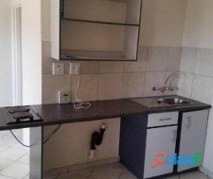 Jabulani Manor 1bedroomed flat to rent for R2200 bath and kitchen deposit R1000 2