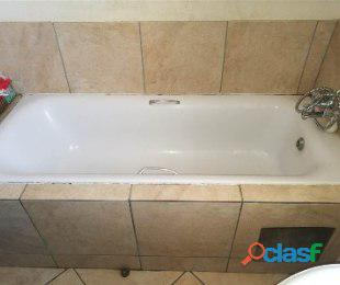Jabulani Manor 1bedroomed flat to rent for R2200 bath and kitchen deposit R1000 1