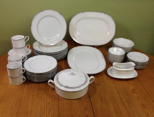 Noritake dynasty dinner & tea service=6-9 place setting=62