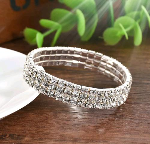 Ladies fashion crystal rhinestone stretch bracelet bangle