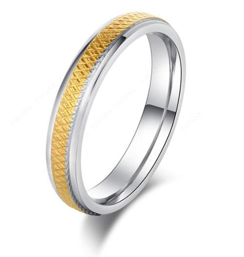 Elegant 6mm stainless steel ring - size 8