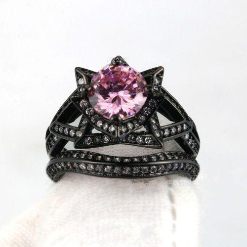 Stunning 2 piece black gold filled pink crystal ring - size