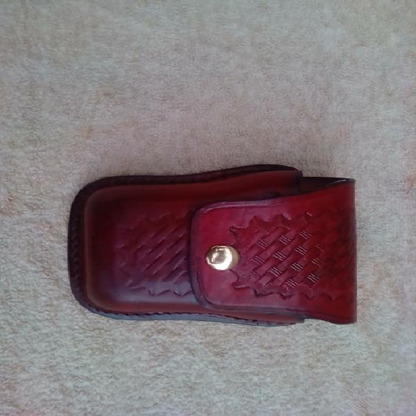 Leather handcuff pouch -good condition
