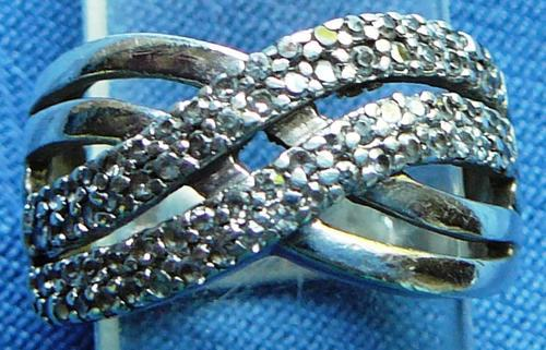 Attractive 925 silver ring set with numerous tiny czs