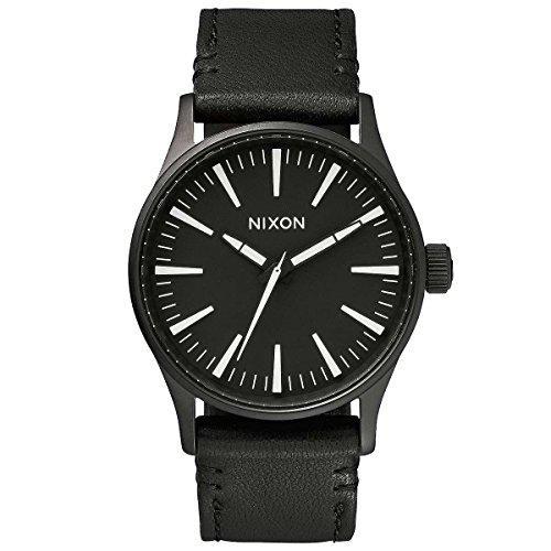 Nixon sentry 38 leather: black / white na377005-00