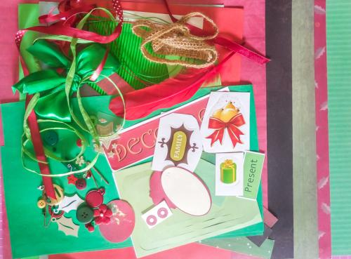 Scrapbook and craft pack kit - christmas theme green and red