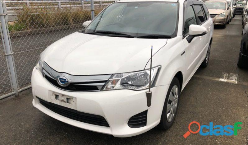 Toyota Corolla Fielder White
