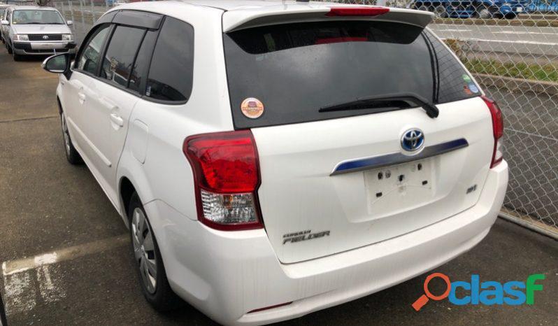 Toyota Corolla Fielder White 4