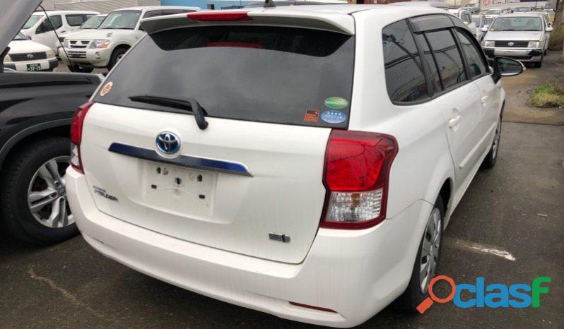 Toyota Corolla Fielder White 2