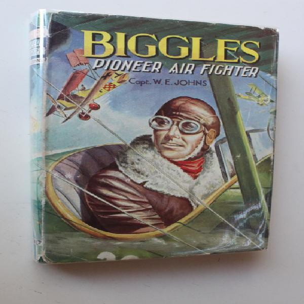 Biggles pioneer air fighter - Johns