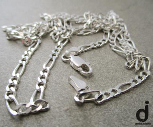 Italian-made figaro 3+1 chain