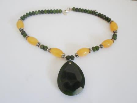 Stunning!! heavy sterling silver jade & yellow stone