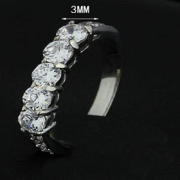 Stainless steel eternity ring 3mm wide. free ring box, size