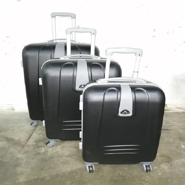 Blue star****set of 3 lightweight travel luggage bags -
