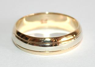 Exclusive 9k / 9ct yellow & white gold band, 6mm wide, size