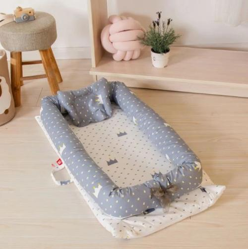 Baby co-sleeping portable bassinet