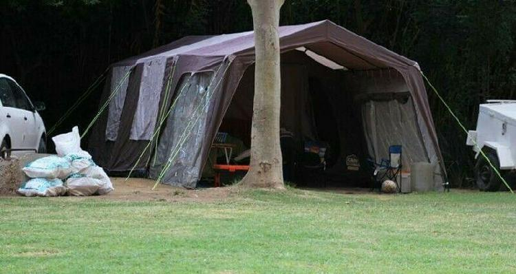 Campmaster family tent