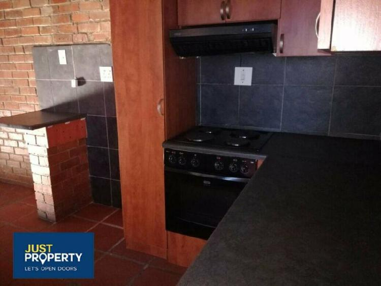 House in kimberley now available