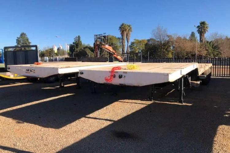 Afrit tri axle stepdeck