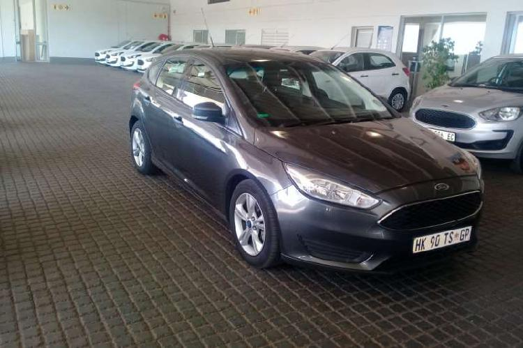 Ford focus hatch 1.0t ambient auto 2016