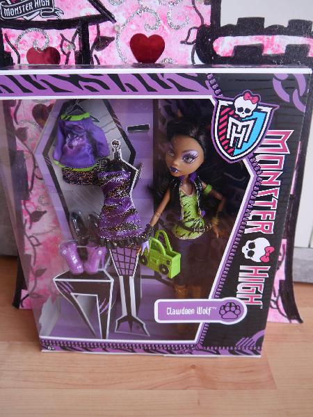 Monster high i love fashion doll clawdeen wolf-daughter of