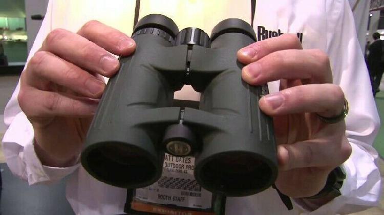 Bushnell excursion hd 10×42 binoculars, as new.