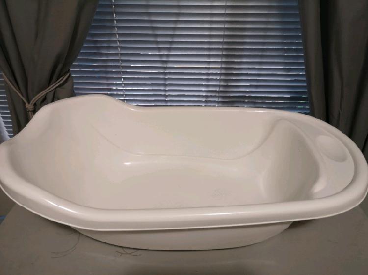 Baby bath & bath seat