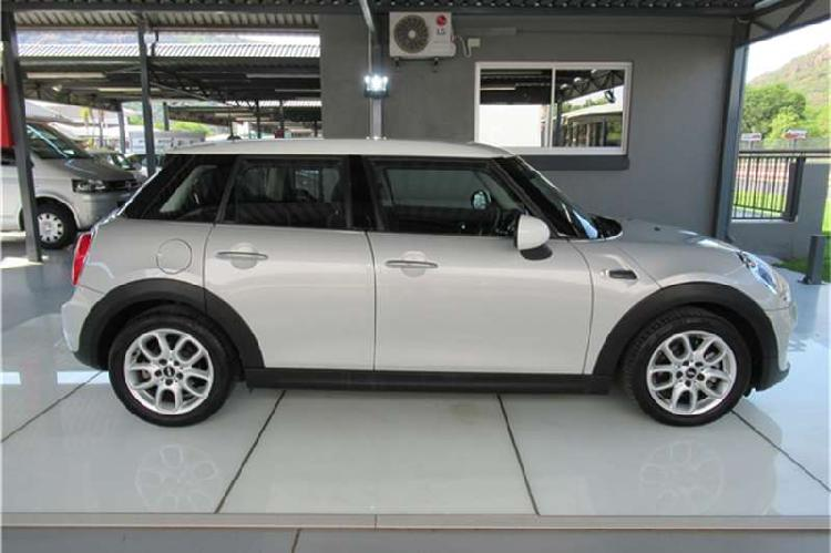 Mini hatch cooper hatch 5 door 2015