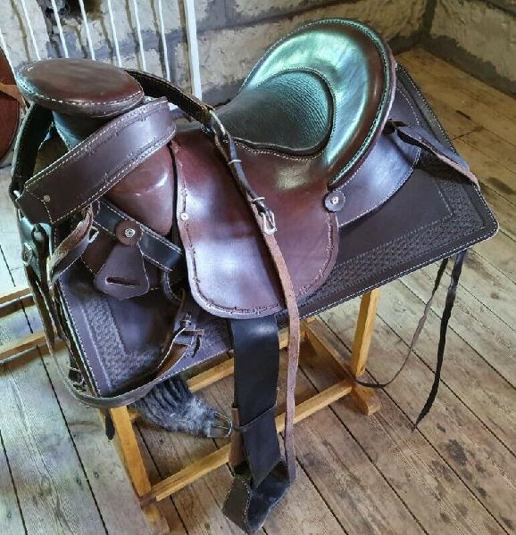 Brand new franco western saddle