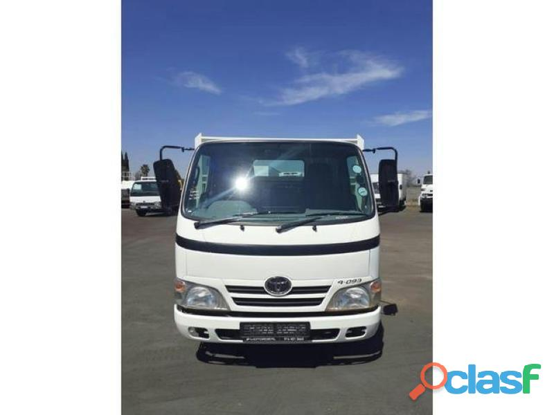 2013 toyota dyna 4093 dropside 4.5ton truck