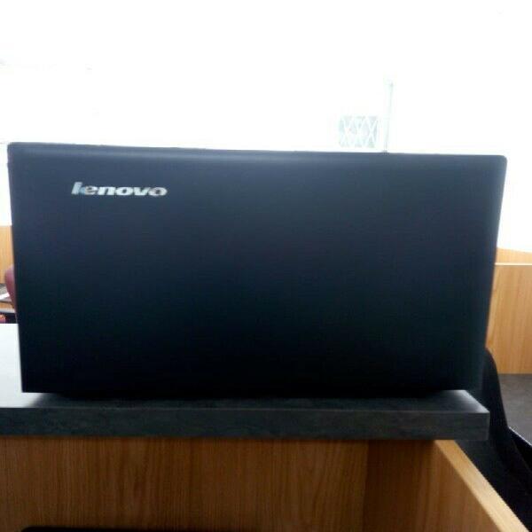 Lenovo AMD Laptop G50 R2799