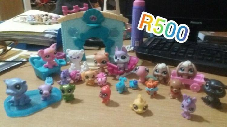 Littlest Pet Shop LPS Toys
