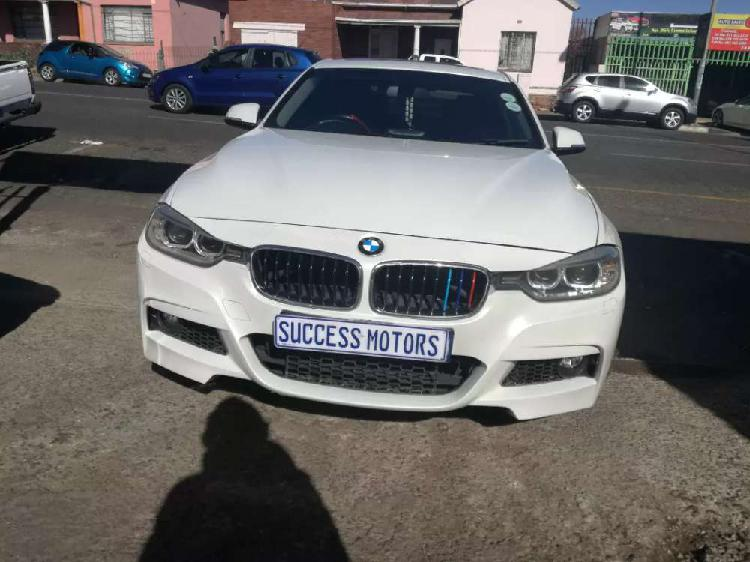 2012 BMW 320i automatic