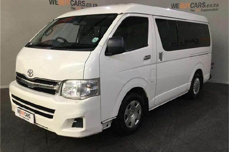 Toyota quantum 2.7 gl 10 seater bus 2012