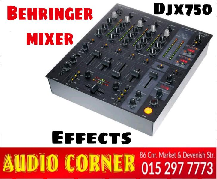 Behringer mixer 4ch with effects new