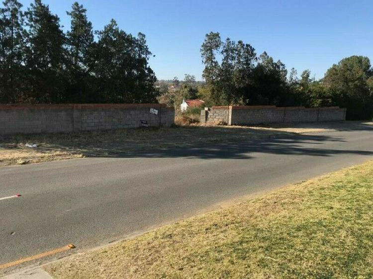 Large plot for sale in central king williams town