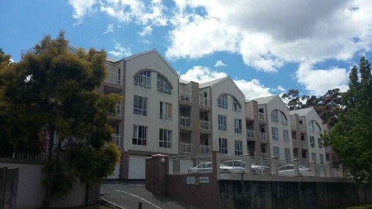 Vergezicht flat in stellenbosch to rent