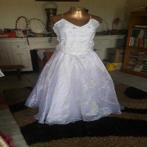 Bridesmaid/ gowns and farewell dresses for sale