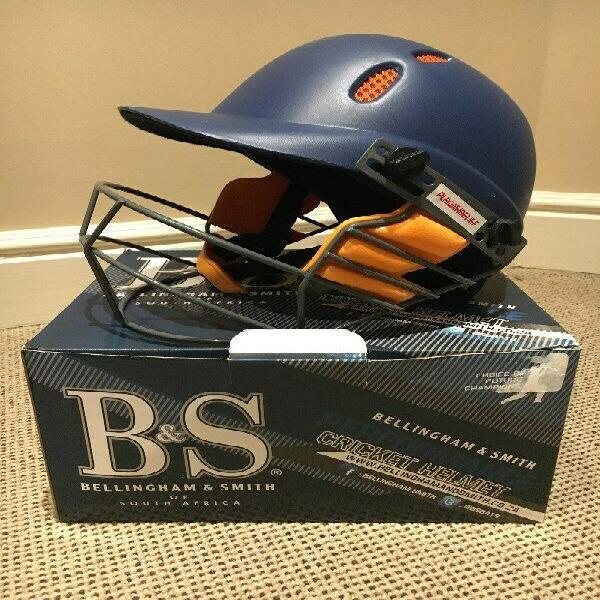 Cricket helmet (boys)