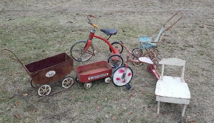 Antique and vintage going on auction