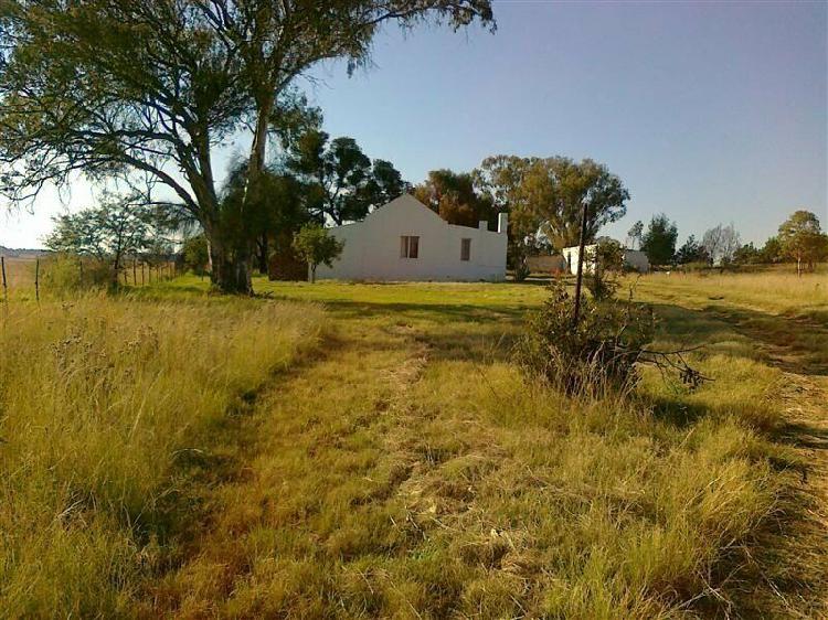 Dewit farmhouse