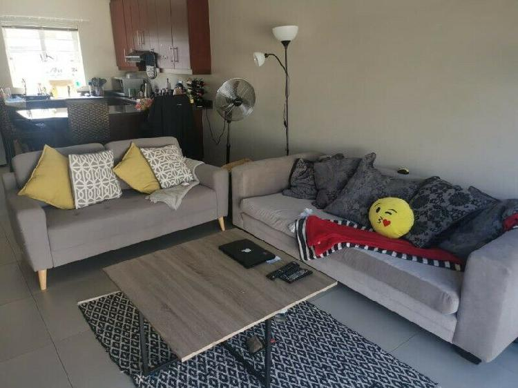Room to rent in partly furnished flat