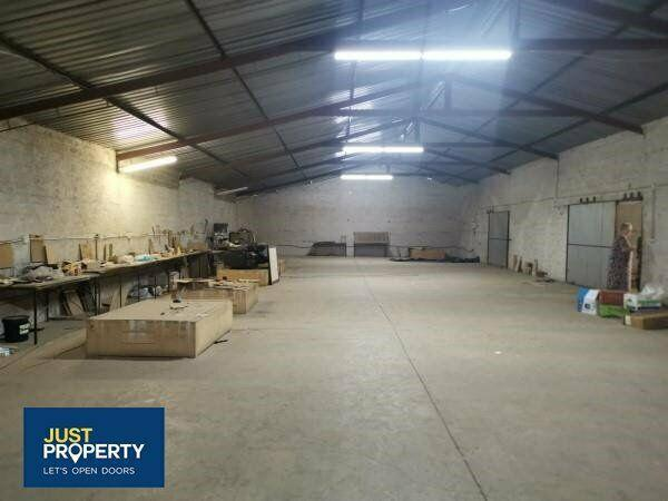 1000 sqm warehouse with yard, ideal plant hire/ events/ wood