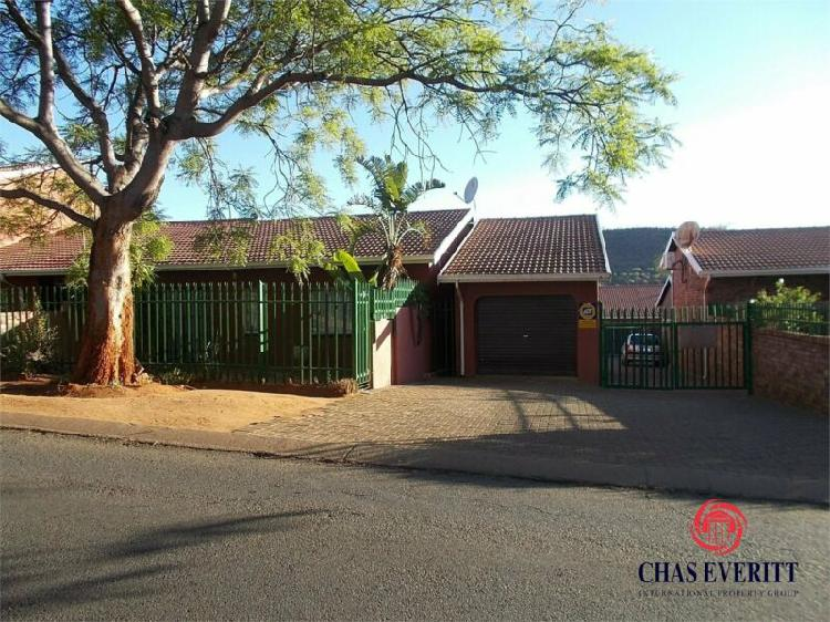 Townhouse in rustenburg now available