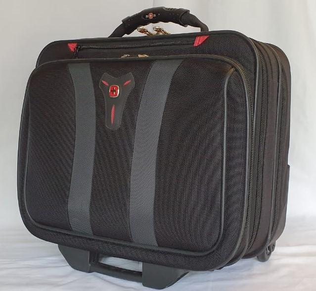 An awesome swiss gear carry on trolley case/ laptop case in