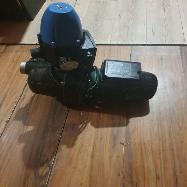 Booster water pump