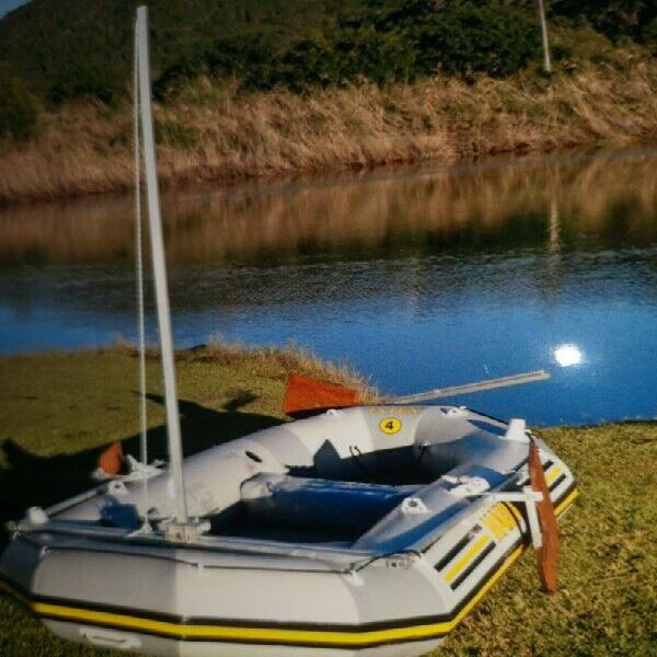Intex mariner 4 with seagull outboard motor and sailing rig