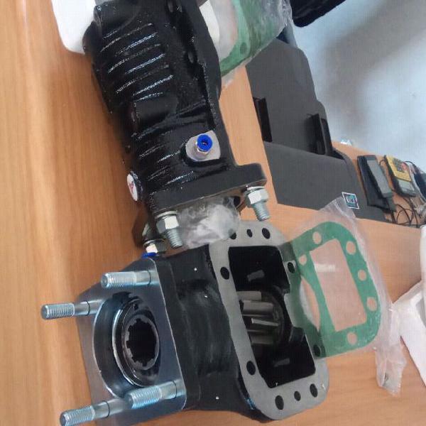 Side tipper hydraulic system installation